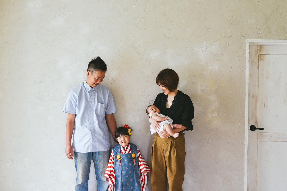 沖縄ファミリー写真.jpg