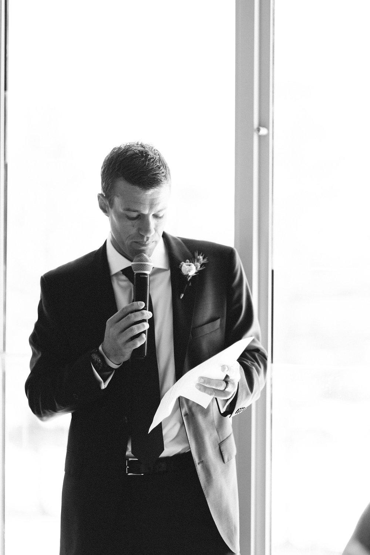moby_dicks_whale_beach_wedding_photography_0201-min.jpg