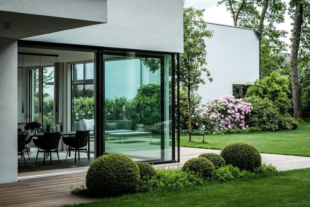 Inside Outside   Haus und Garten fließen iineinander