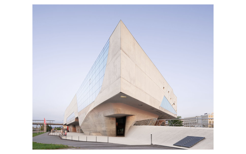 Piet Niemann Architectural Photographer Hamburg Germany Nijmegen Netherlands / Architekturfotograf Hamburg Deutschland Nimwegen Niederlande / PHAENO SCIENCE CENTER WOLFSBURG ZAHA HADID ARCHITECTS