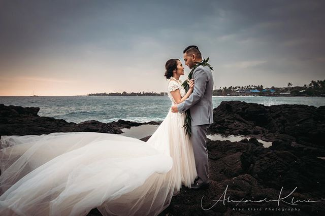 When the clock stops but the dress keeps glowing and flowing 💥 everything about this wedding was beautiful! Congratulations again @carmela_elah  @royalkonaresort @epicislandweddings @callablanchedress • . #hawaiiweddingphotographer #sunsetwedding #bigislandweddingphotographer #hawaii #weddingday #weddingmoments #weddingceremony #weddingstyle #weddingfashion #bridalfashion #weddinginspirations #weddingideas #weddinginspo #weddingblog #weddingblogger #weddingplanning #loveauthentic #junebugweddings  #destinationweddingphotographer #bridalphotographer ##engagmentphotography #dramatic #bridebook #vscowedding
