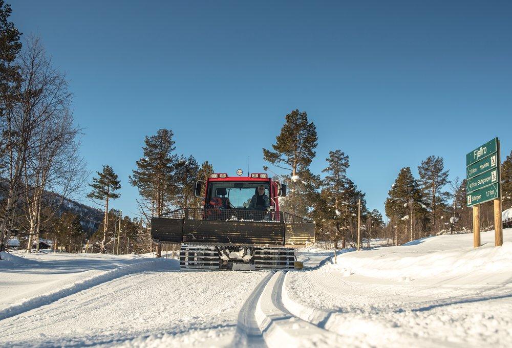 Skjåk turløyper skispor trakkemaskin.jpg