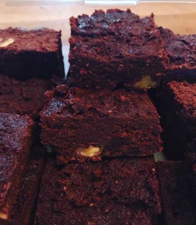 gluten free brownes.jpg