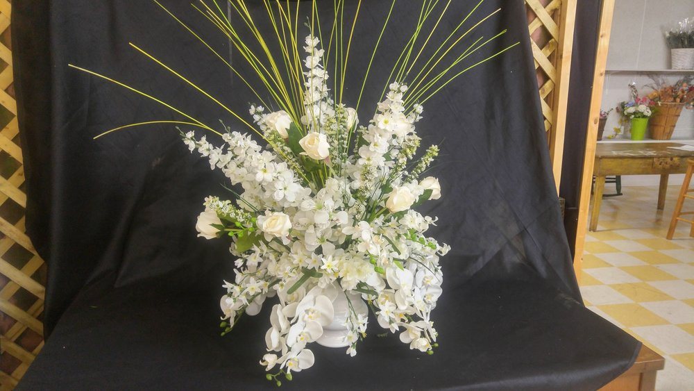 Silk arrangements a fresh cut above flowers and gifts llc silk arrangement available for sale or rent nbspwould look awesome in a wedding mightylinksfo