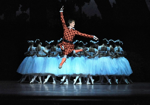 (above Shane A.Wuerther, 2011/12 Season. Copyright: Wiener Staatsballet)