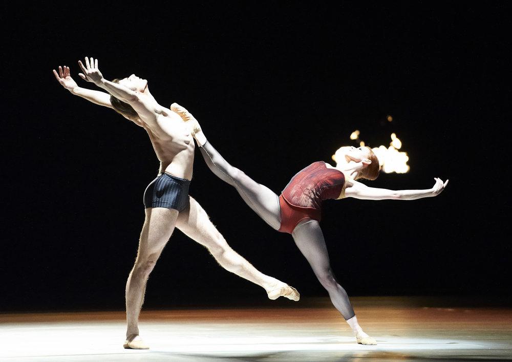 Bella Figura, with Vladimir Shishov:Copyright Vienna State Ballet/ Michael Pöhn