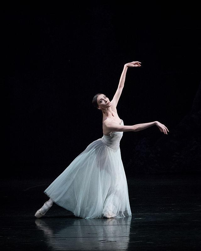 Copyright: Vienna State Ballet/ Ashley Taylor