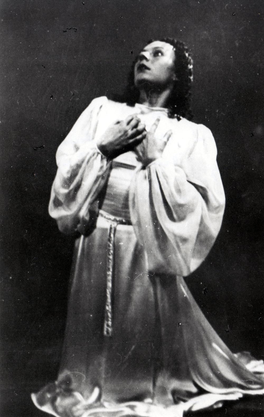 """Semberova - The first """"Prokofiev's Juliet"""" (1939, NdB Archive)"""