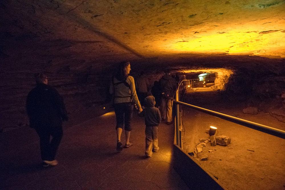 mammoth-cave-3.jpg