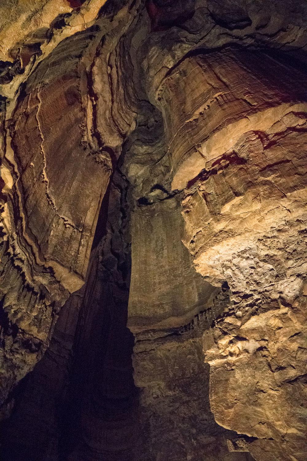 mammoth-cave-24.jpg