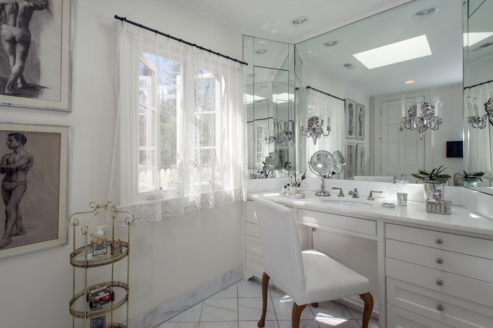White Master Bathroom, Makeup table