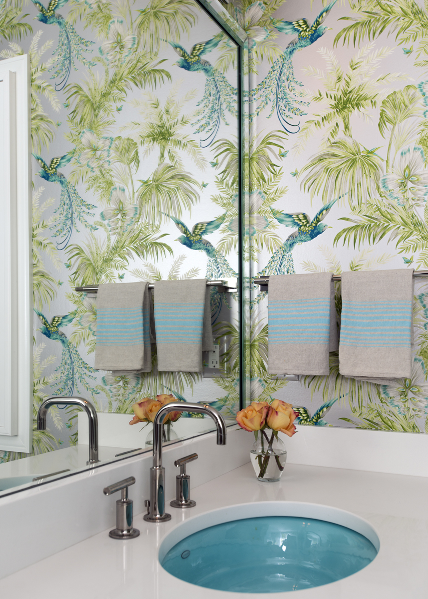 Bright bathroom wallpaper