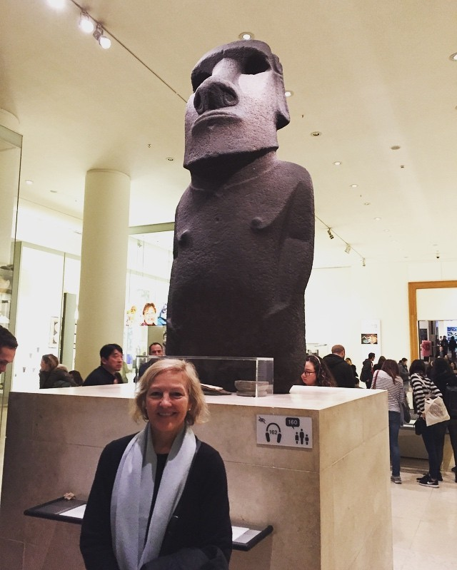 Taking in the Easter Island statue in London before Easter Island demands it back