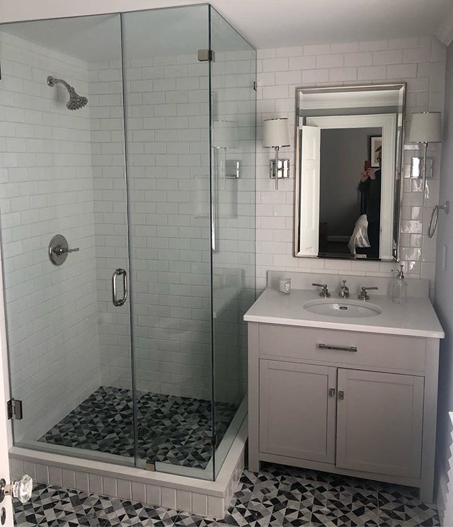 Good morning Monday!  Sunlight streaming in this guest bath remodel!  Clean and fresh. #bathroomdesign #remodel #greyandwhite #cleanandfresh #annaliinteriors