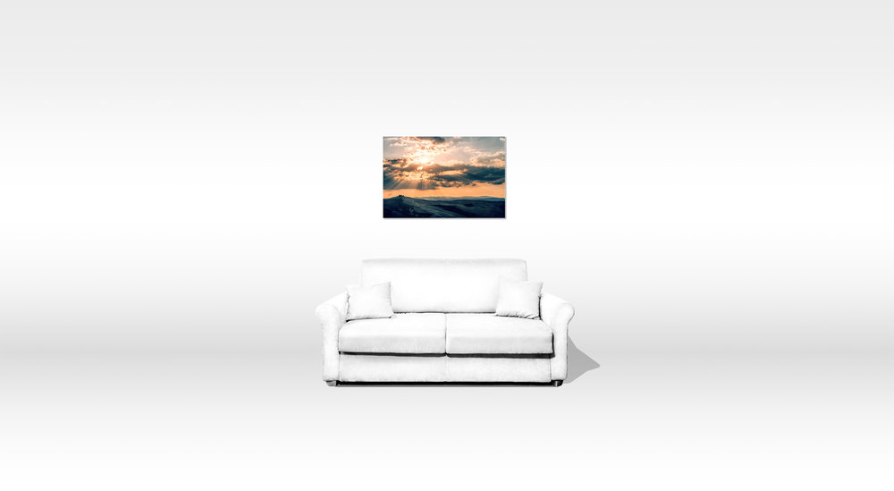 Size estimation based on a 190 cm sofa. Picture is 50 x 75 cm