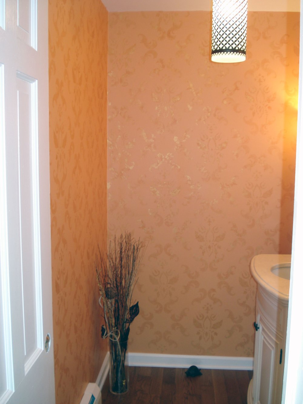 traditional_1_fullsize.jpg powder room.jpg