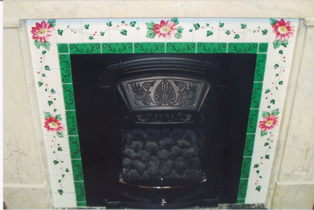 traditional_5_fullsize.jpg fireplace.jpg