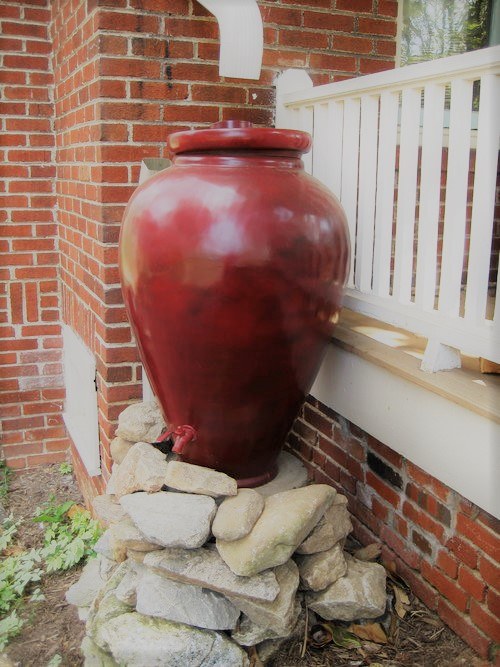 Decorative Ceramic Rainwater Harvesting Tank