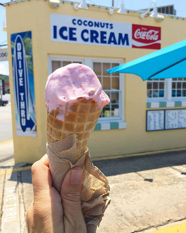 Here's hoping yours is a perfect ice cream in a waffle cone kind of #Sunday! 🍦#smalltowngirlatheart