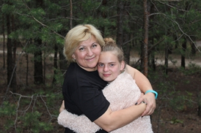 Irina Donchecnko with girl at Summer Camp.jpg