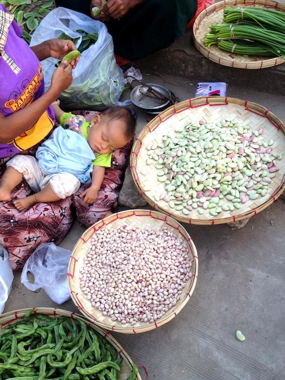 myanmar_yangon_street-market-beans.jpg