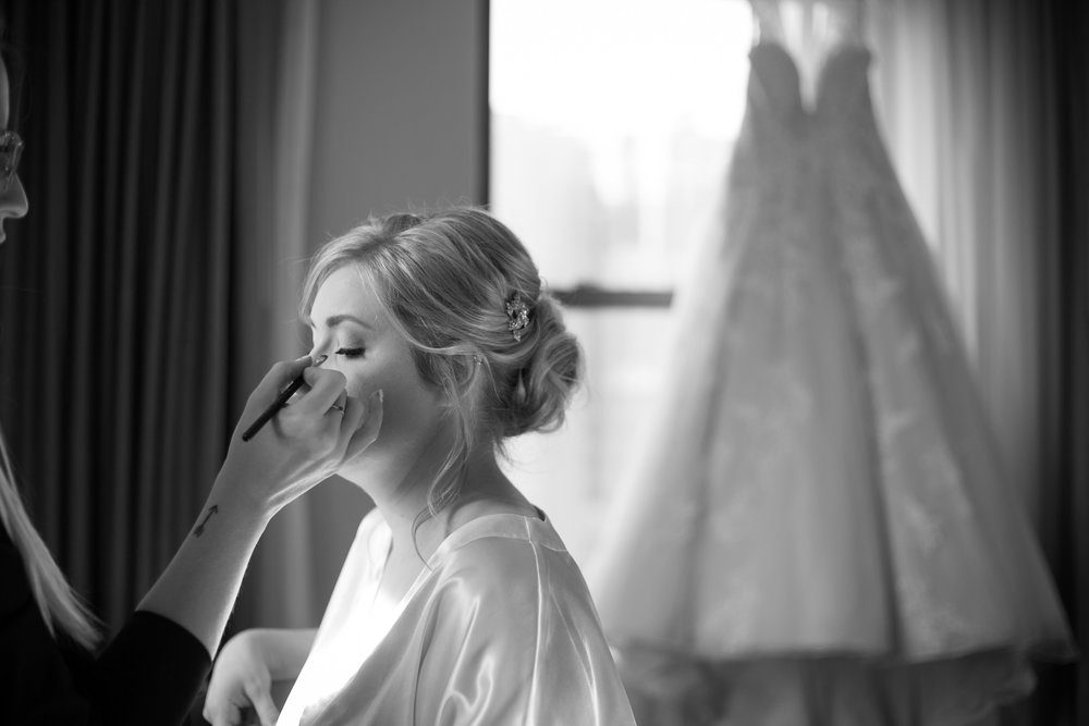 The Westin Book Cadillac Hotel was the ideal spot for the bridal party to get ready.