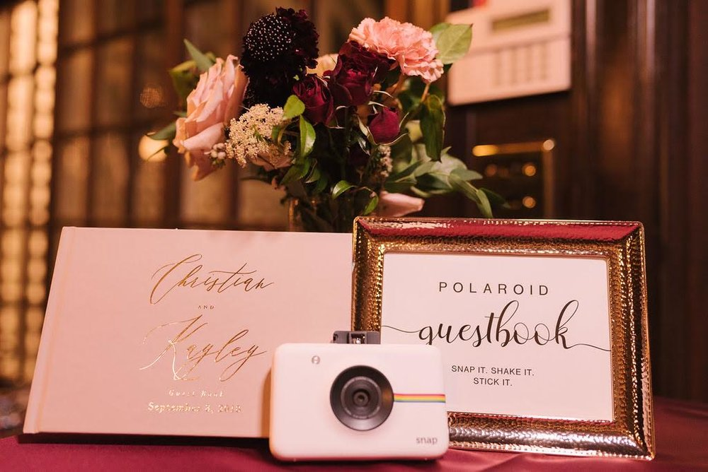 Guests enjoyed snapping a candid pic and sharing a thoughtful message with the bride and groom.
