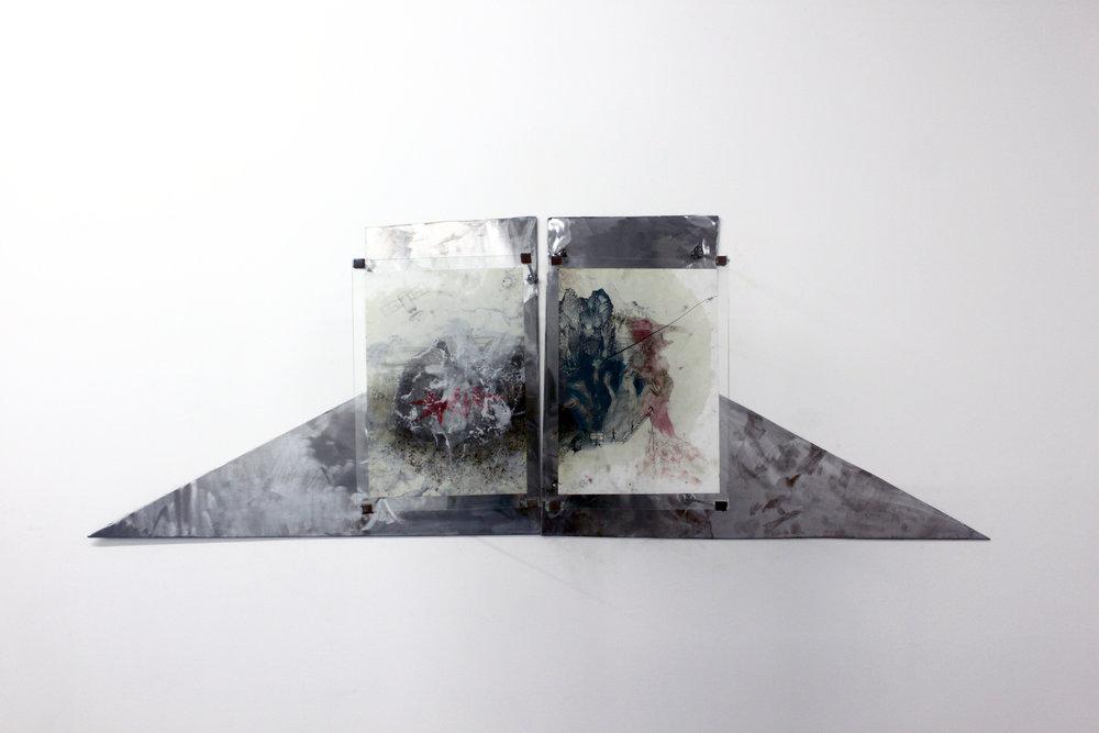 Edouard Burgeat,  Kiev and the beast,  techniques mixtes, papier, résine epoxy, acier, verre, 2018, 47x140cm