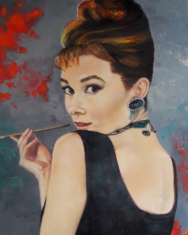 """""""Por siempre Audrey"""" 1.20m x 1. 50m Sold . . . . #arte #artcollectors #contemporaryart #uruguay #retratocontemporaneo #artefigurativo #artistsoninstagram #instaart #galeria #artgallery #galerialoscaracoles #colors #oilpainting"""