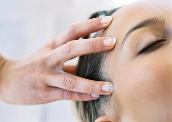 Head Massage NW3 - Indian Head Massage