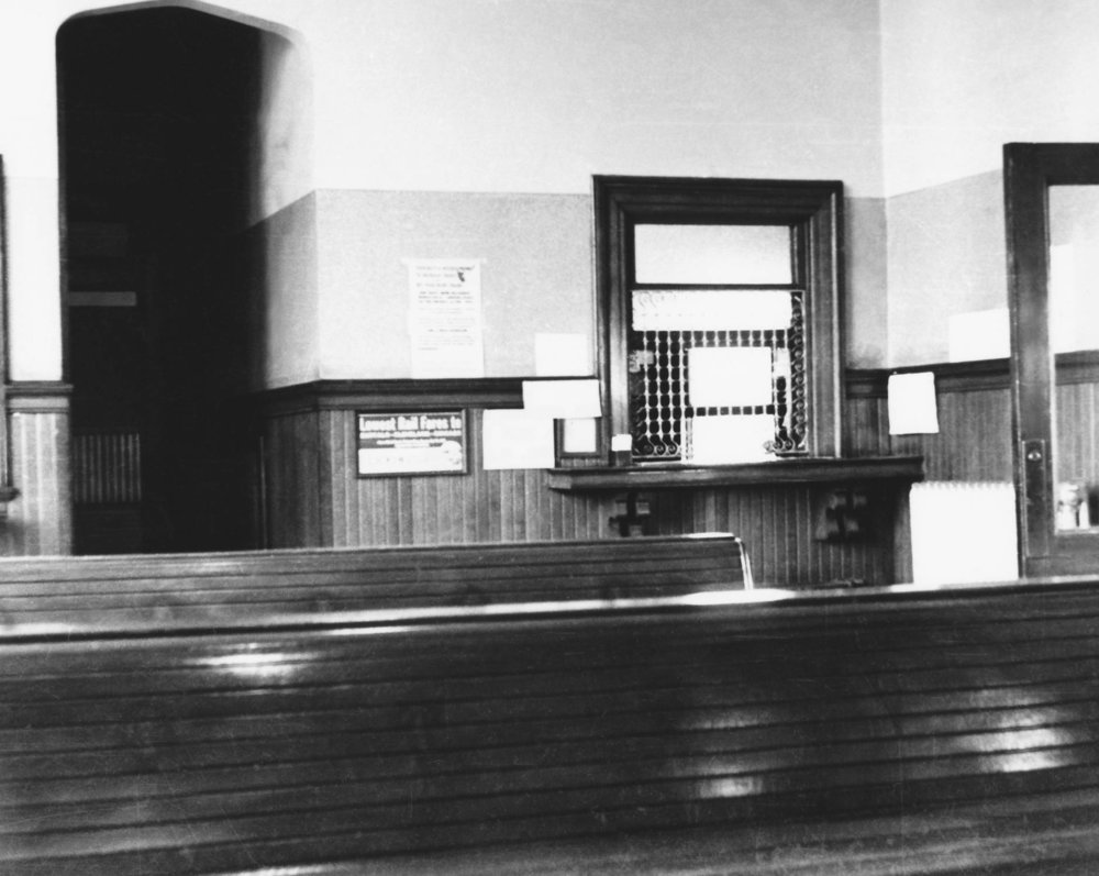 29 Station (Waiting Room - Boonton, NJ - 6-12-64 - Bob Pennisi - RRAveEnt coll).jpg