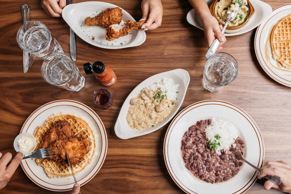 Fat's Chicken & Waffles - Instagram Feed
