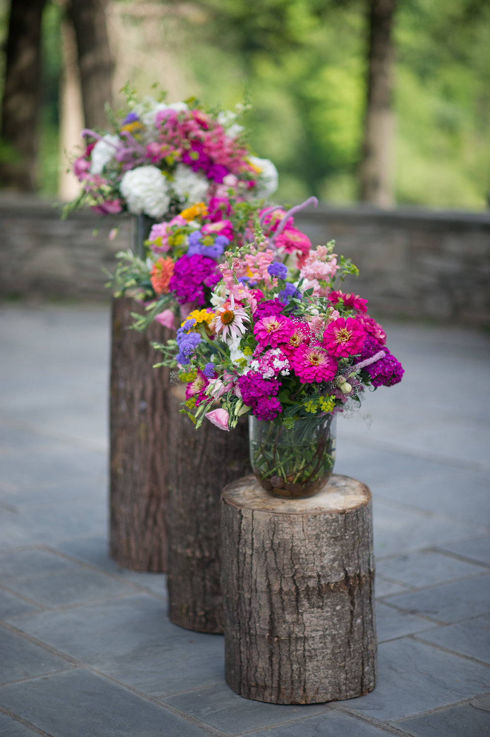 Ceremony flowers, courtesy of Ayres Photography