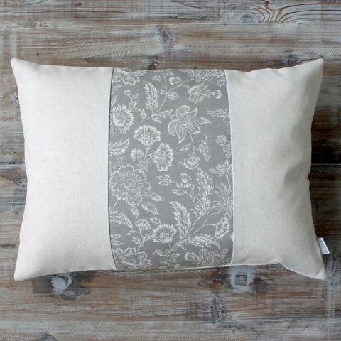 Linen rectangular cushion