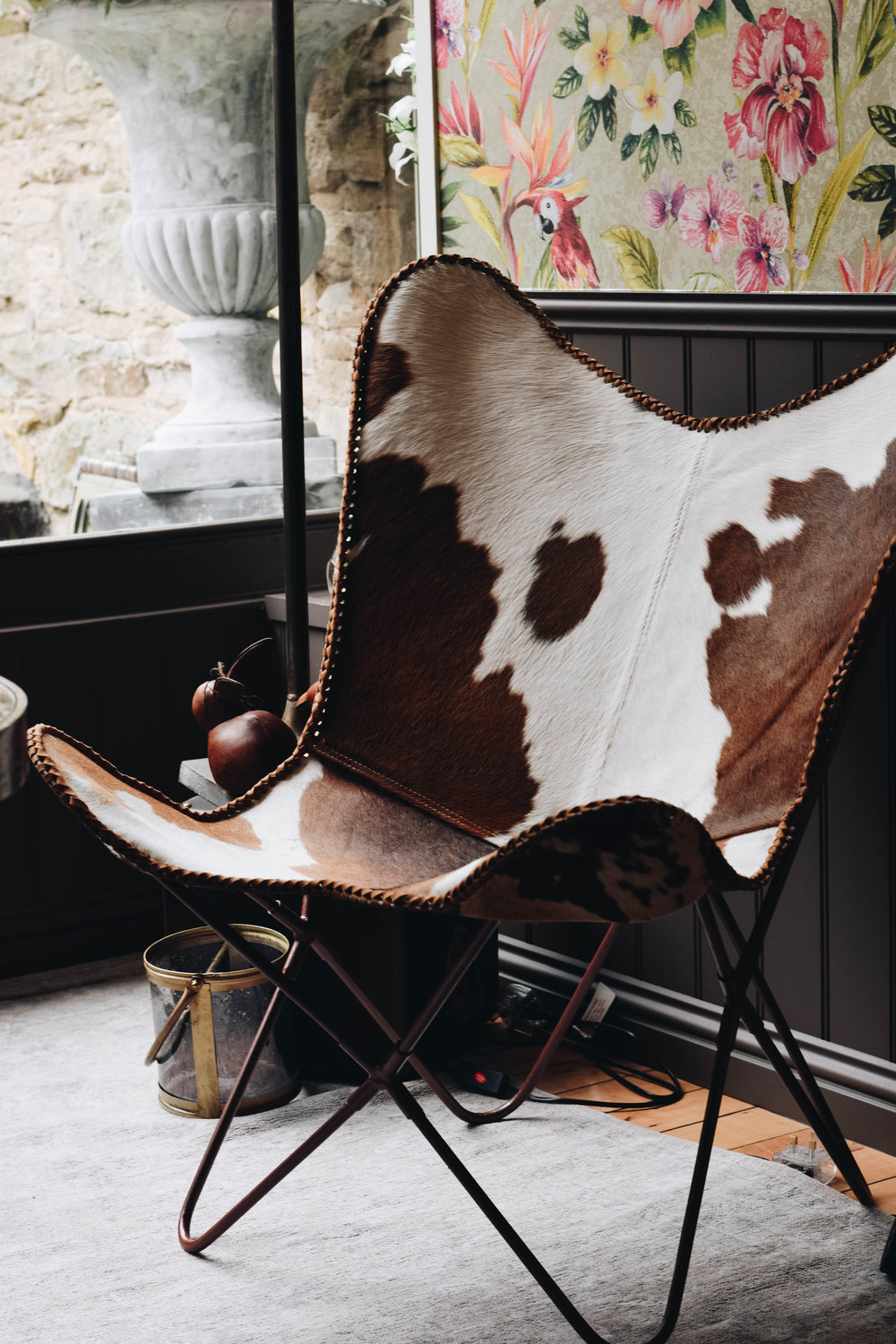 Butterfly Chair   Cow Hide