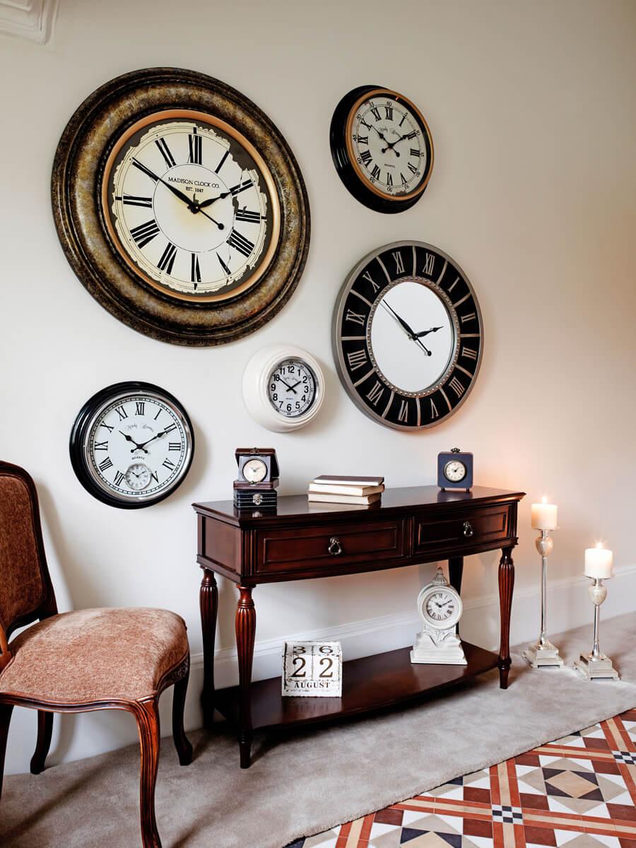 hallway+clocks.jpg