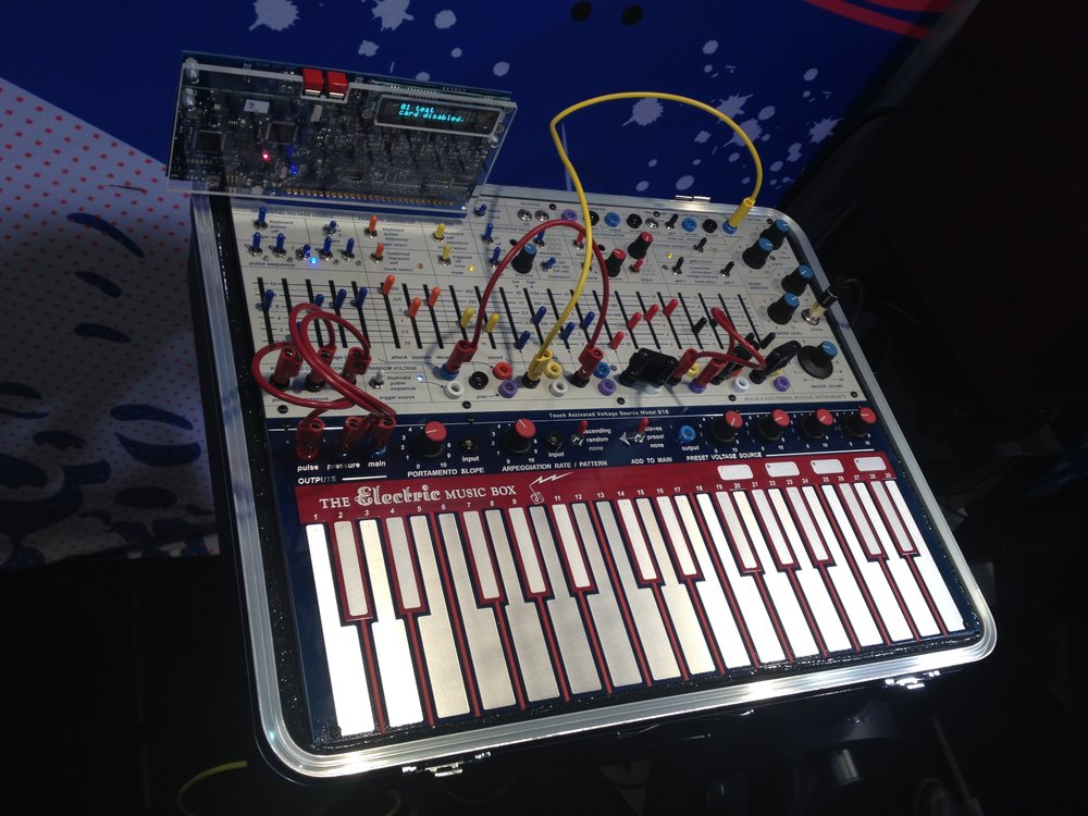 This pic is of the modern reissue with programmable card. I think the original with smaller keys is even cuter!