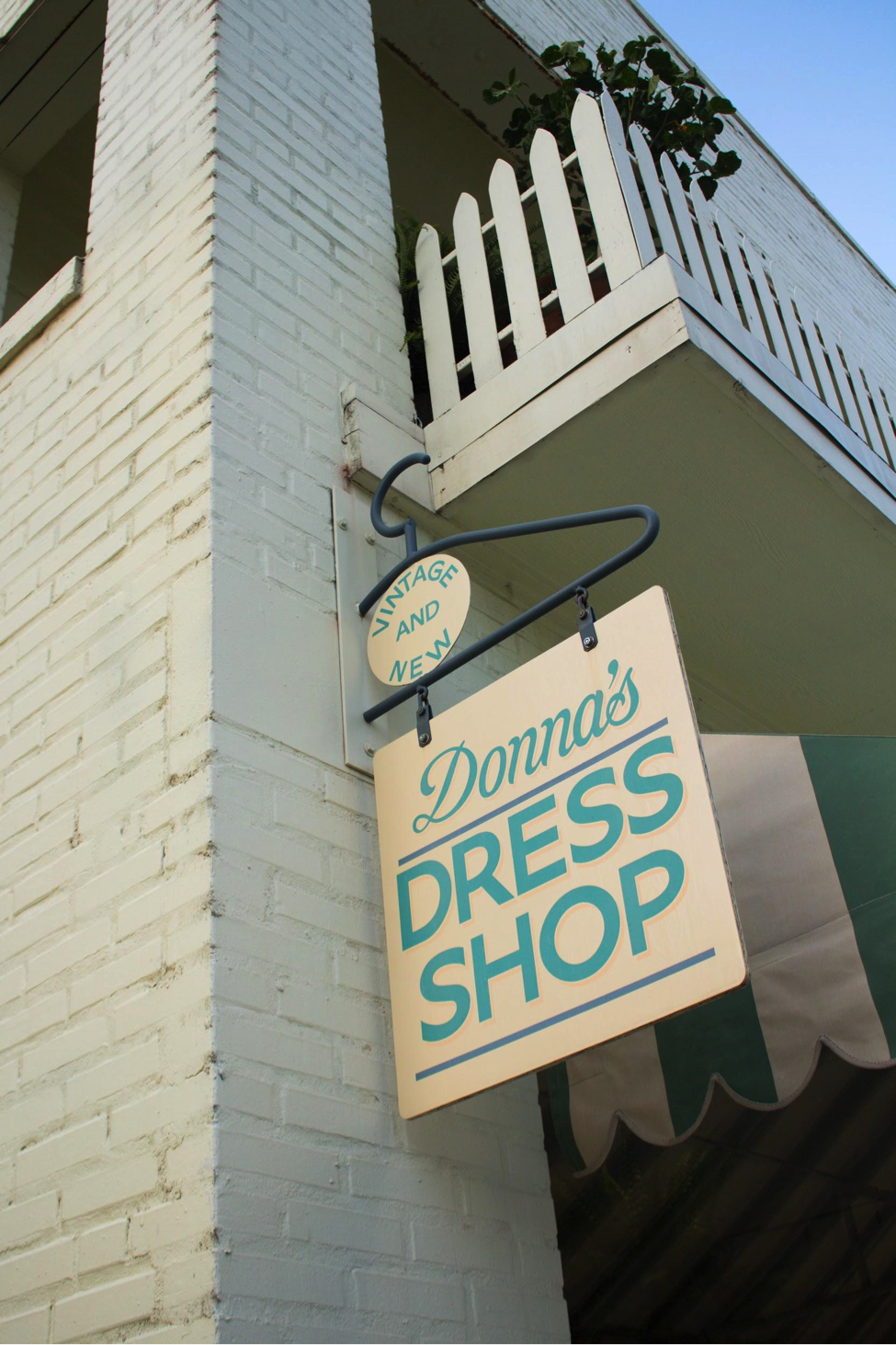 Donna's Dress Shop