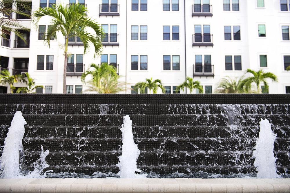 ARCOS-Sarasota-Fountain-cEB.jpg