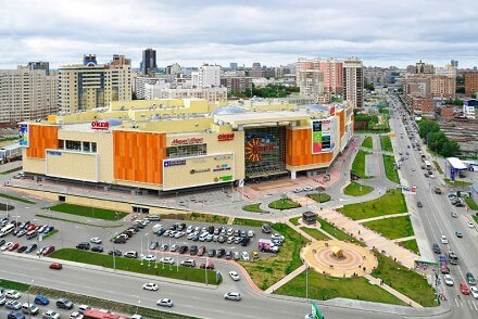 Aura Shopping Center - Novosibirsk, Russia • 61,000 SF • Retail • Acquired 2007 • Sold 2013
