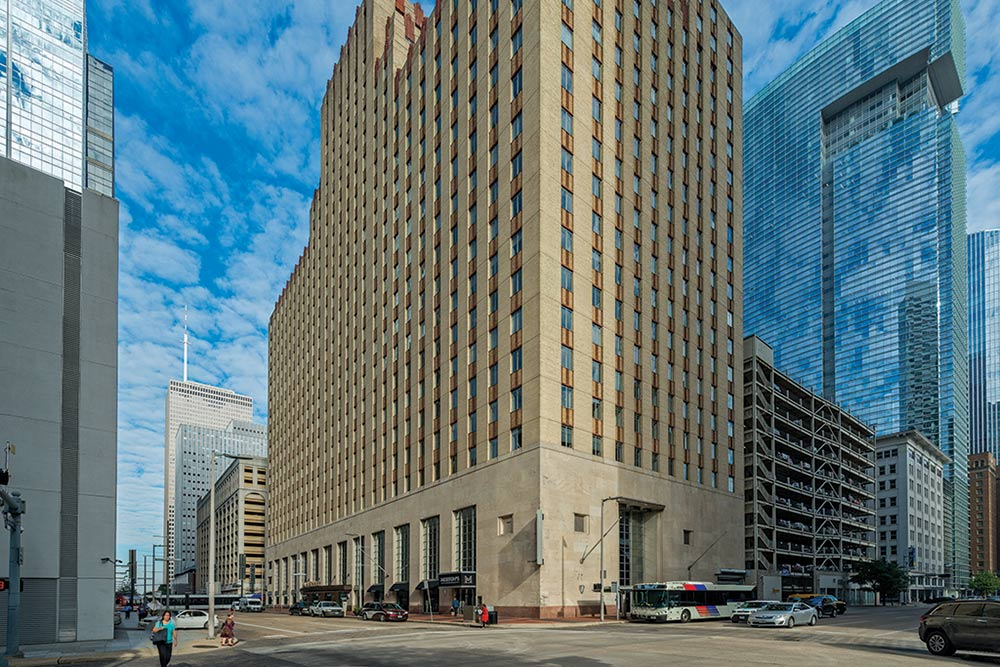 1001 McKinney - Houston, TX • 375,440 sq. ft • Office •Acquired 2018