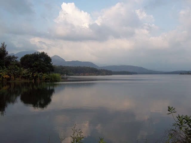 Walk to Chittar dam _0279.JPG