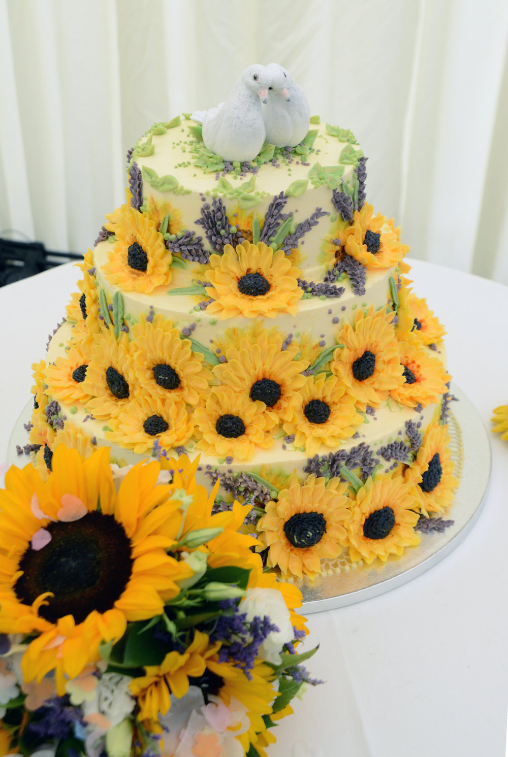 Posted - Cakes 3 copy 2.JPG