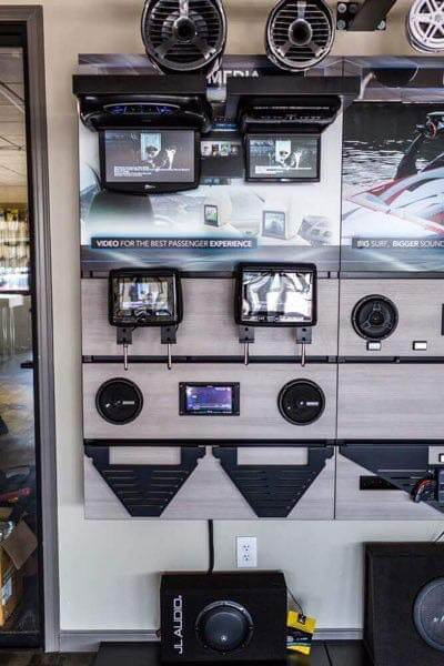 Car DVD Player and Video Screen in San Diego