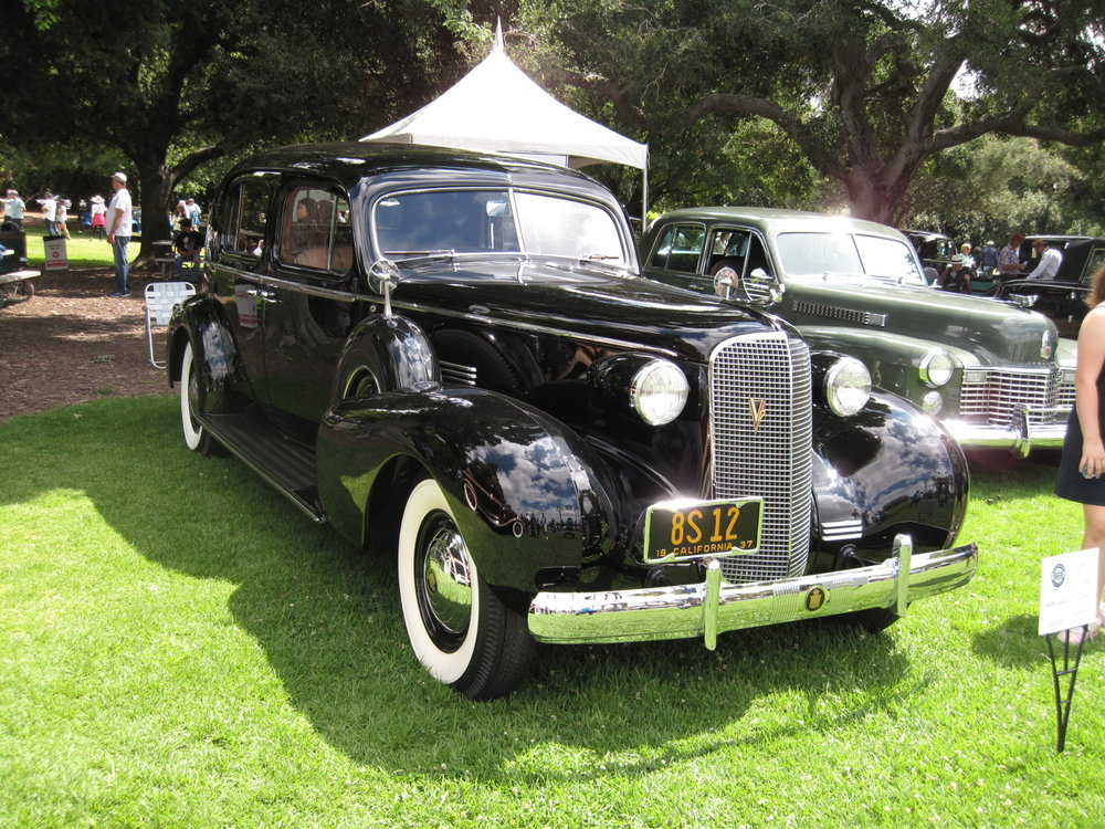 1937 Cadillac 85 Town Sedan Fleetwood William Ahmanson.JPG