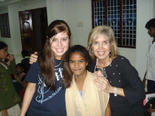 Cindy and Jesse Anne Lipscomb with Ghoatami in 2008