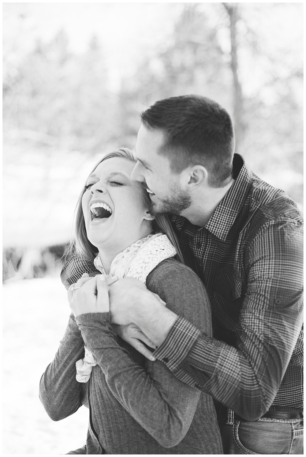 bphotography_winter_siouxfallsweddingphotographer_halfbakedengagementsession_0003.jpg