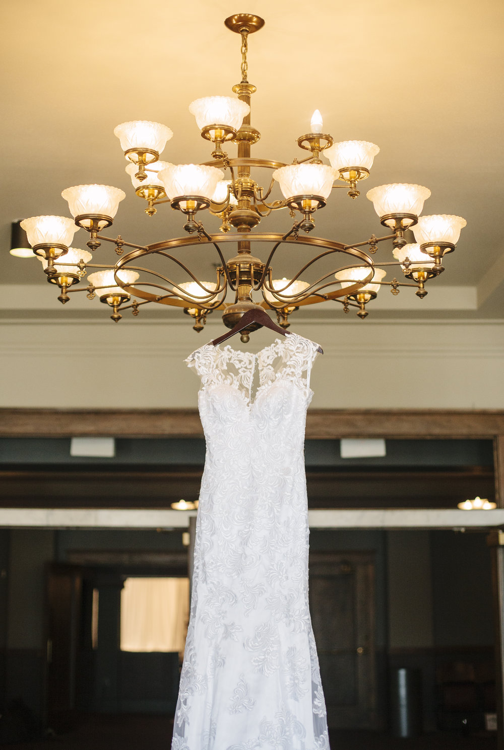 Bethany Melvin Photography | Sioux Falls Orpheum Wedding