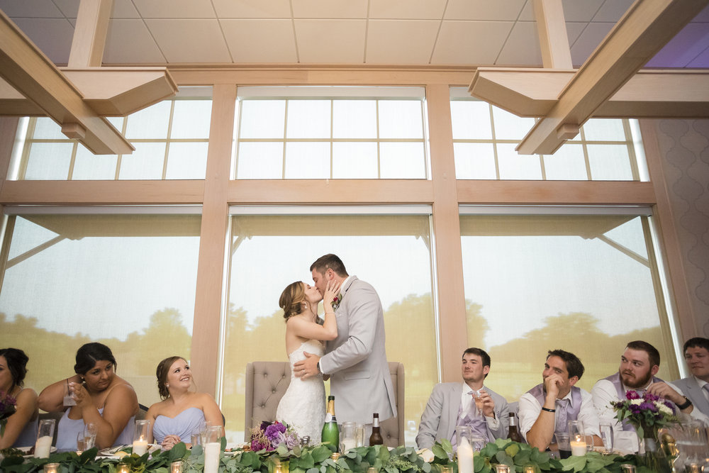Sioux Falls Wedding Photographer | Bethany Melvin Photography | Country Club of Sioux Falls
