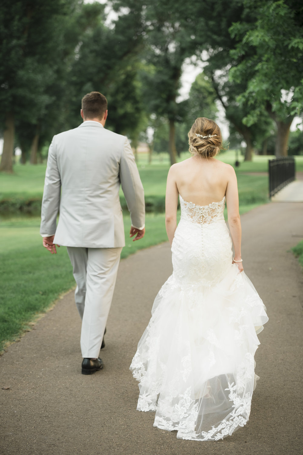 Sioux Falls Wedding Photographer | Bethany Melvin Photography